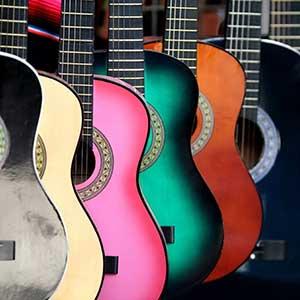 初階 厚重 不透明漆 吉他