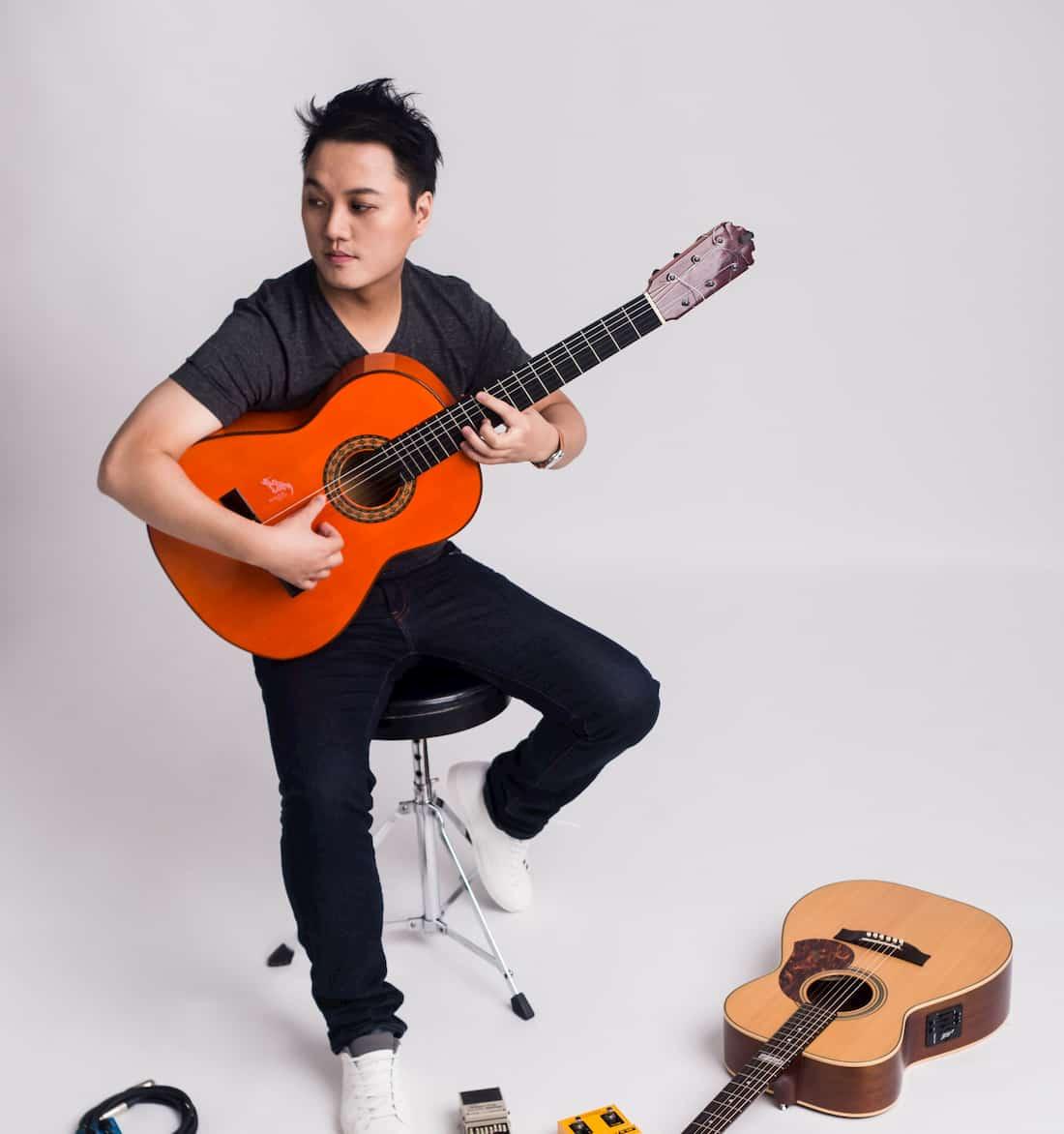 劉雲平老師彈奏佛朗明哥吉他