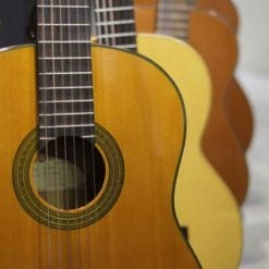 古典吉他使用