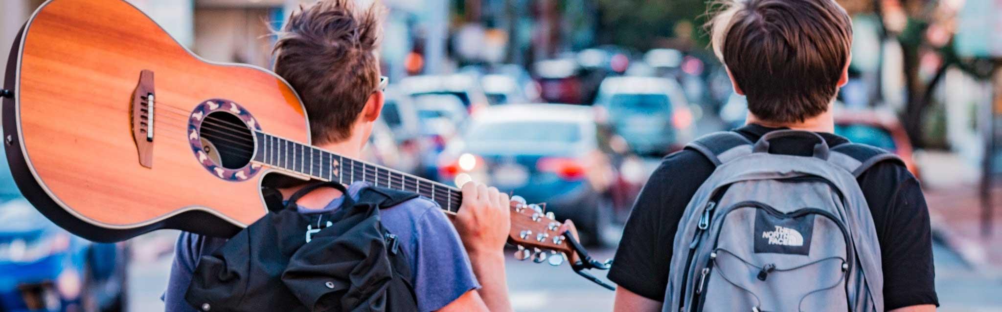 旅行-吉他-生活