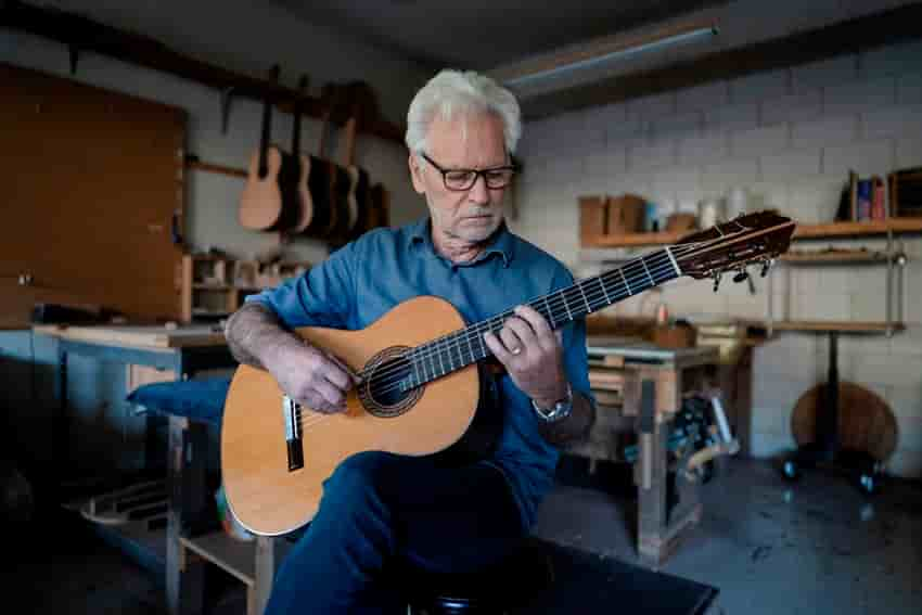 世界知名製琴師 Kenny Hill
